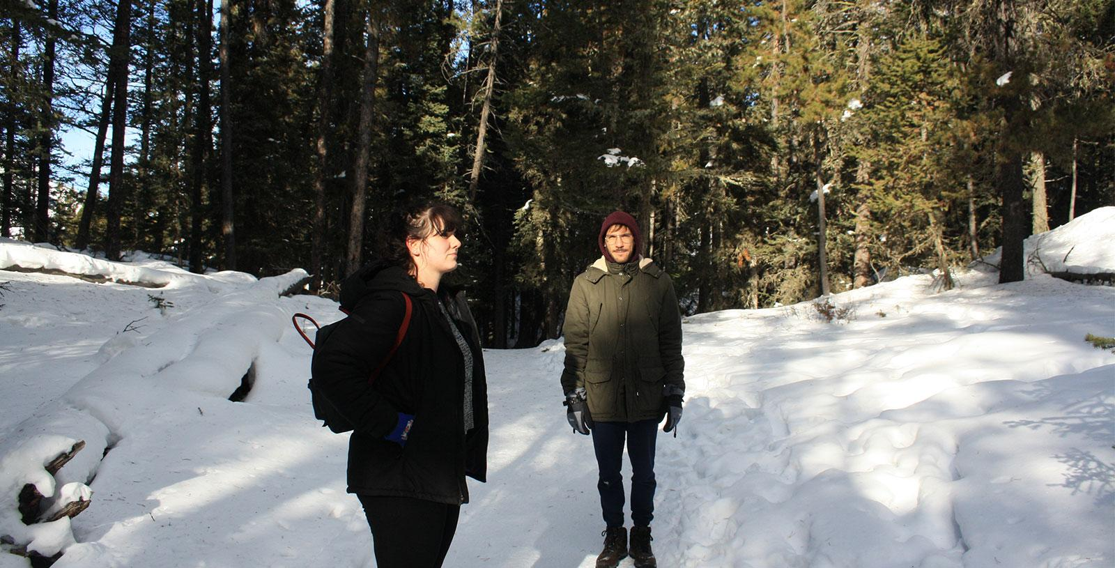 Winter-Banff-Musicians-in-Residence-Molly-&-Pippa